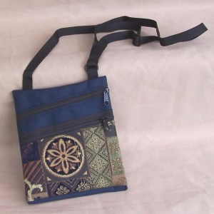 tapestry-purse-casual-navy-queensland
