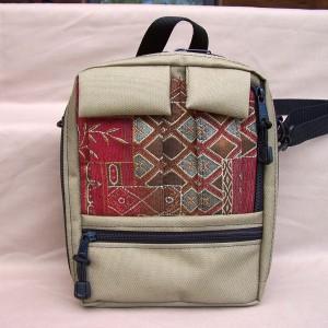 tapestry-purse-tall-plus-tan-crimson