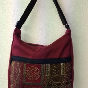 tapestry-purses-hobo-burgundy-crimson